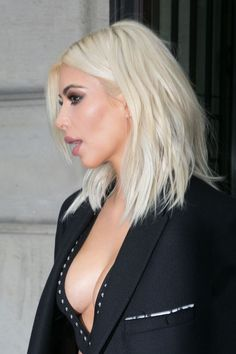 Kim leaving her hotel in Paris - March 10, 2015