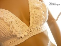 "Crochê e tricô da Fri, Fri´s crochet and tricot: Como fazer o cropped crochet Top ""Carolina"" How to. Crochet Lingerie, Crochet Bra, Crochet Bikini Top, Crochet Woman, Crochet Clothes, Crochet Shorts, Top Crop Tejido En Crochet, Crochet Tank Tops, Crochet Bathing Suits"