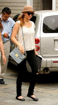 jennifer lawrance style | Street Style: Jennifer Lawrence photo Caitlin O'Brien's photos ...