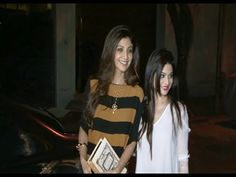 WATCH Shilpa Shetty and Shamita Shetty at Anil Kapoor house for the screening of DIL DHADAKNE DO. See the video at : https://youtu.be/1OPpVaCONxo ‪#‎shipashetty‬ ‪#‎shamitashetty‬ ‪#‎dildhadaknedo‬