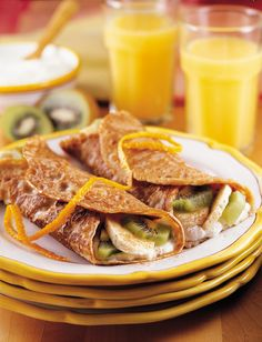 Fill these light, whole grain crepes with fruit and yogurt for a high-fiber breakfast or gourmet brunch! #vegetarian