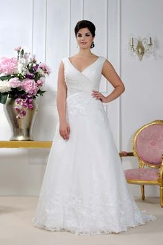 Grecian style wedding dress from Sonsie by Veromia
