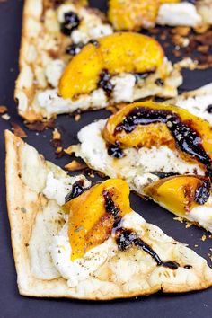 Grilled Peach and Ricotta Flatbread. Grab some fresh peaches and toss em on the grill! This Grilled Peach and Ricotta Flatbread makes for one awesome summer meal! Easy Summer Meals, Summer Snacks, Summer Recipes, Easy Recipes, Grilling Recipes, Cooking Recipes, Eat A Peach, Yummy Food, Tasty