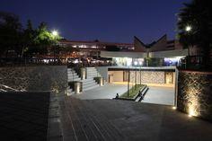 Plaza San Juan de Dios.  Diseño Arq. Álvaro Morales y Arq. Miguel Echauri Fotografía Carlos Díaz Corona