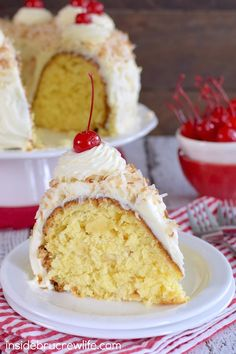 Pina Colada Bundt Cake - coconut and pineapple add a fun twist to this fun Pina Colada Bundt Cake making it perfect for all those summer picnics