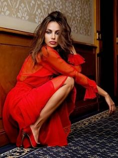 Madalina Ghenea Love The Tease Of The Red Heels