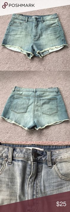 Aritzia Talula High Waisted Denim Shorts 9/10 condition! Super cute only worn a few times! They are great for summer or warm weather! I'm obsessed with them but they're just not my size anymore! They have a vintage vibe to them which is super cute! Open to offers! Aritzia Shorts