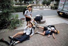 Boys - photo taken by Kayo Ume 素晴らしき梅佳代ワールド