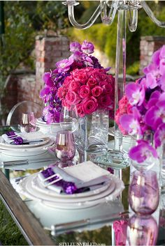 A gorgeous tablescape via StyleUnveiled.com / Michelle Garibay Events / Radiant Orchid / Leah Marie Photography