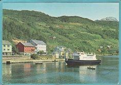 Hordaland fylke Ulvik kommune i Hardanger Fergen Osafjord på vei til kai. 1960-tall Utg Normann