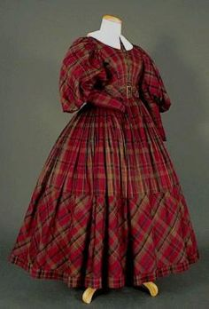 The female costume from 1830 to 1845 - List Halloween 1800s Fashion, 19th Century Fashion, Victorian Fashion, Vintage Fashion, Historical Costume, Historical Clothing, Vintage Gowns, Vintage Outfits, Barbie Fashion Royalty