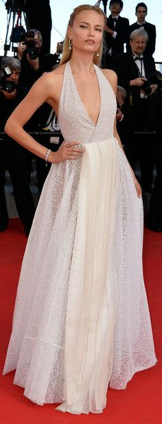 Natasha Poly 'A Fistful of Dollars' Premiere & 2014 Cannes Film Festival Closing Ceremony Red Carpet Finale Natasha Poly, Elie Saab, Celebrity Outfits, Celebrity Style, Party Fashion, Fashion Show, Fashion Trends, Glamour Moda, Cannes Film Festival 2014