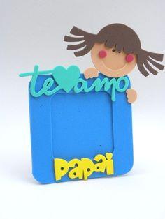 Porta Retrato 10x10 foto 7x7 Te Amo Papai-Cortes para Montar - Petilola Diy And Crafts, Crafts For Kids, Foam Stamps, I Love My Dad, Kids Artwork, Diy Mirror, Diy Frame, Cute Cards, Holidays And Events