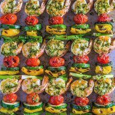 Shrimp Kabobs with Pistachio-Tarragon Pesto - 10 Delicious Shrimp Recipes Skewer Recipes, Avocado Recipes, Shrimp Recipes, Lunch Recipes, Chicken Recipes, Cooking Recipes, Chef Recipes, Grilling Recipes, Fish Recipes