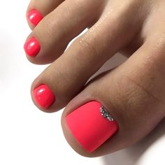 farbe Matte Pink Nails with Glitter Accent ★ Explore trend. Matte Pink Nails with Glitter Accent ★ Explore trendy and classy, cute and elegant toe nails designs for summer and beach vacation. You will love our easy ideas. Cute Nail Colors, Toe Nail Color, Nail Polish Colors, Toe Nail Polish, Bright Colors, Pretty Toe Nails, Cute Toe Nails, Pretty Pedicures, Cute Toes
