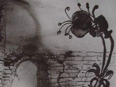 """Ce détail d'un dessin de Victor Hugo représente une fleur qui se dresse au-dessus d'un pont traversé par une troupe. Est-ce la """"danse des satyres"""" ? - Lié au poème """"Orphée, aux bois du Caÿstre..."""", du recueil """"Les Chansons des rues et des bois (I. Floréal)"""" de ce même Victor Hugo."""