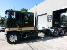 Miller Engine & Foundry, Ford CL9000, Transporter, Hauler