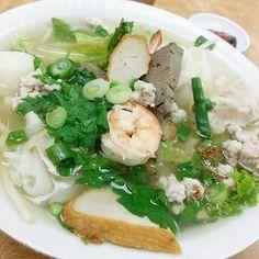Sea food noodles soup