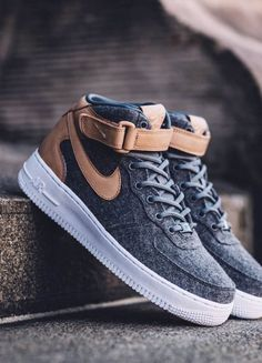 Nike Air Force 1 Mid: Grey Felt
