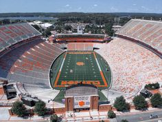 Death Valley, Clemson, SC is my happy place! Clemson Football Stadium, Football Stadiums, Clemson Tigers, Auburn Tigers, Football Stuff, College Football, Death Valley Clemson, Auburn University, Arkansas Razorbacks