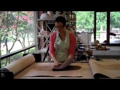 Jen Rose discusses how to use the slab roller Ceramic Studio, Ceramic Clay, Ceramic Pottery, Ceramic Techniques, Pottery Techniques, Slab Roller, Raku Kiln, Pottery Videos, Clay Tools