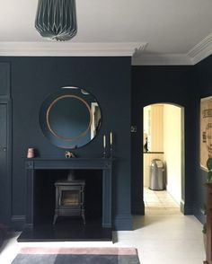 A week of 10 Beautiful Rooms dedicated to real spaces this week. It's always lovely to see styled shots and they are often very beautiful indeed for that Dark Living Rooms, Home Living Room, Living Room Designs, Blue Rooms, Blue Bedroom, Blue Walls, Snug Room, Cozy Room, Hague Blue