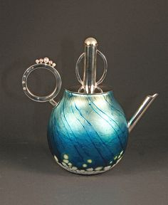 Elaine Hyde #collectibles #collections #glass #teapots #design #art #handmade