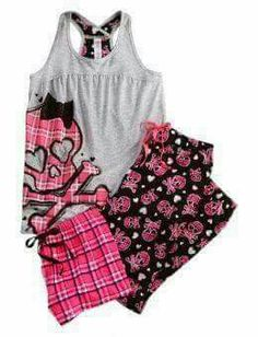 c0fc35c782 Plaid Skull 3 Piece Pajama Set so pretty! (the only time i would wear pink
