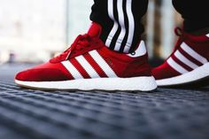 Fashion Shoes, Fashion Accessories, Mens Fashion, Fashion Trends, Adidas Iniki, Adidas Sneakers, Tommy Clothes, Sneaker Brands, Shirts