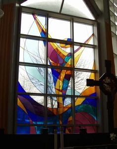 Easter Glass - artist and location unknown - site reference:  http://www1.georgetown.edu/centers/liturgy/envisionchurch/60027.html