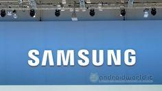 Dopo anni in cui Samsung è stata accusata di essere un po' troppo conservativa con i propri top di gamma, a causa di un design molto simile e di ...