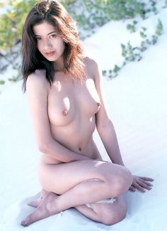 Busty topless bikini models