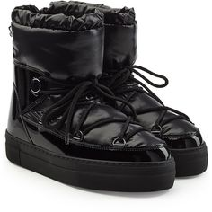 Moncler Ynnaf Quilted Ankle Boots (4 425 SEK) ❤ liked on Polyvore featuring shoes, boots, ankle booties, black, black quilted boots, black ankle boots, black bootie boots, bootie boots and ankle boots