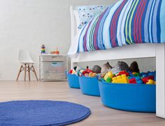 Super-organiser Adele Blair has written a step-by-step guide to organising your home and today she& sharing all the secrets and inside scoop on how to do it with Babyology, starting with the kids& toy clutter. Storage Tubs, Toy Storage, Storage Ideas, Organizing Your Home, Home Organization, Organising, Howard Storage, Shelving Solutions, Nursery Storage