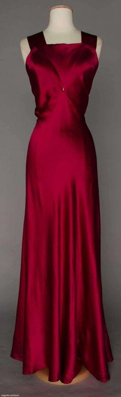 Bias Cut Gown (image 1)   1930s   silk charmeuse   Augusta Auctions   April 20, 2016/Lot 309