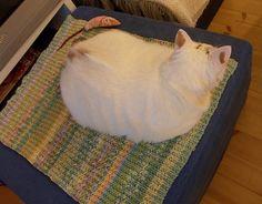 Prinsessan kevätviltti <3   New blanket for my princess, in spring colours.