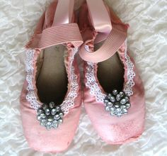decorate your old pointe shoes