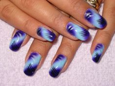 airbrushed nails | airbrushed blue and purple with lines