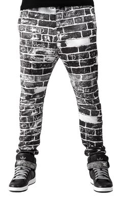 Black & white brickwall baggy sweatpants! Get yourself a perfect urban camouflage! #sweatpants #men #fashion #sweatpants #black #white #urban