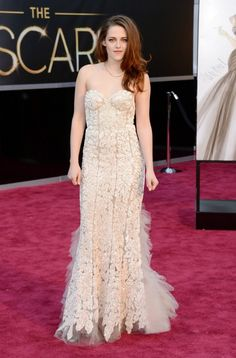Kristen Stewart at #Oscars 2013: Top 20 Best Dressed    http://www.fashionmagazine.com/blogs/society/red-carpet-society/2013/02/25/oscars-2013-red-carpet/