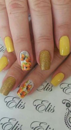 Head over Heels - Untitled Rose Gold Nails, Yellow Nails, Green Nails, Nail Art Diy, Diy Nails, Nail Nail, Heavenly Nails, Flower Nails, Perfect Nails