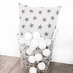 stars and cotton light balls Cotton Ball Lights, Cotton Decor, Winter Theme, Interior Styling, Light Colors, Kids Room, Throw Pillows, Stars, House Styles
