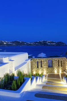 Mykonos by Night, Greece .I miss Mykonos everyday Places Around The World, Oh The Places You'll Go, Places To Travel, Places To Visit, Thasos, Dream Vacations, Vacation Spots, Boutique Hotel Mykonos, Wonderful Places