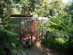 In Mill Valley, California, Chiquita Woodard takes us on a tour of her charming chicken coop, which has a salvaged French door and window box painted chicken-comb red,