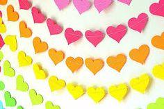 como hacer una guirnalda de corazones de papel picado - Pesquisa Google