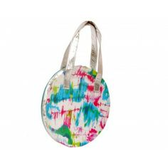 With an abstract print and a mesh of pastels, this 2 sided bag gives a vibrant & subtle look. The silver edging and thr handles add the required sizzle! Suitable for day and evening wear.