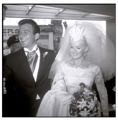 Connie Stevens and James Stacy married her marriage. She went on to marry Eddie Fisher and had daughters Joely and Tricia. Celebrity Wedding Photos, Celebrity Wedding Dresses, Celebrity Couples, Celebrity Weddings, Wedding Couples, Wedding Pictures, Wedding Bride, Old Hollywood Wedding, Hollywood Style