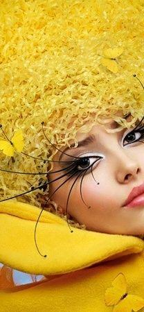 #jaune ~ Colette Le Mason @}-,-;---