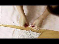Как работать с вытачками и принцип соединения кружева с шелковой подкладкой при пошиве платья - YouTube