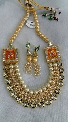 Beautiful Indian kundan necklace sets with Pearls, Free Shipping Worldwide by Shopeastwest on Etsy Indian Jewelry, Unique Jewelry, Necklace Set, Trending Outfits, Jewellery, Free Shipping, Pearls, Patterns, Handmade Gifts
